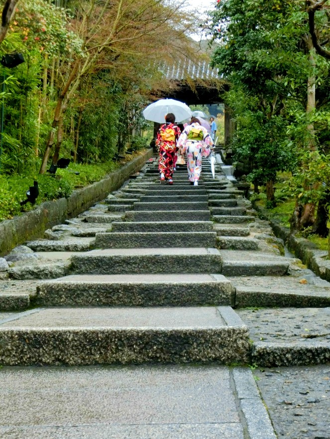 mars au Japon en 10 images Kyoto Kimono Gion pvt whv expatlife